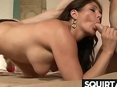 SHE SQUIRTS NICE PUSSY JUICE 21