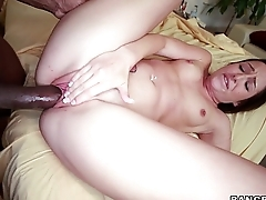Lola Foxx takes a Pounding from Black Dick