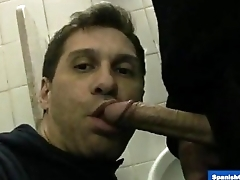 Str8 Dude serviced in a Restroom
