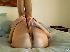 Hot Flexi MILF Shows her Gaping Hole