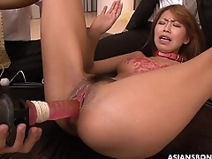 Sex slave brushed superior to before her pussy waxed and toyed