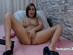 Sexy Romanian White Chick Masturbating With Heels